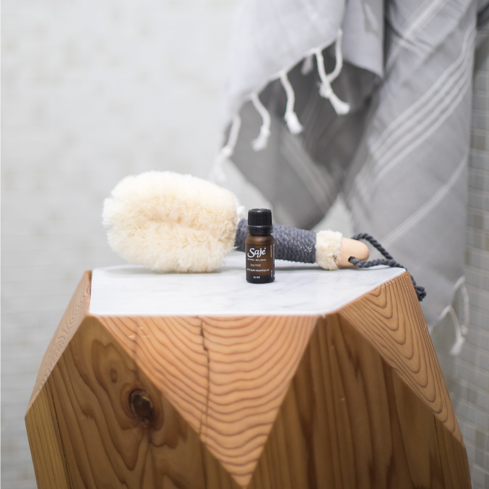 In the Buff Natural Bristle Dry Brush