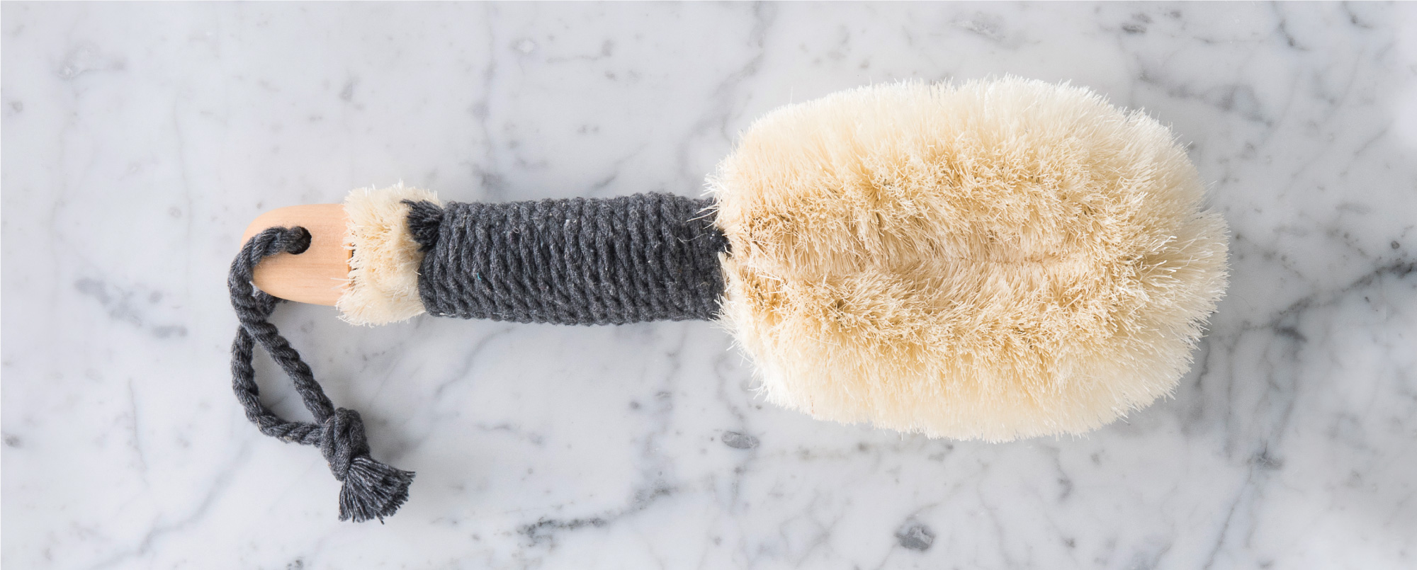 How to use the In The Buff Dry Brush
